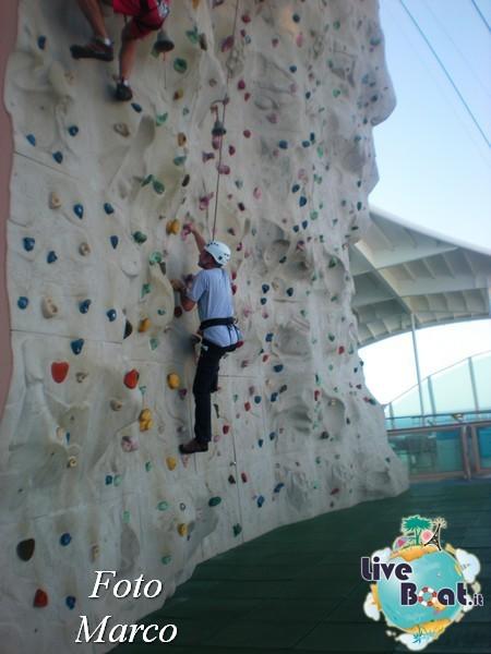 Arrampicata sul Rock climbing wall di Mariner ots-143foto-liveboat-mariner-ots-jpg