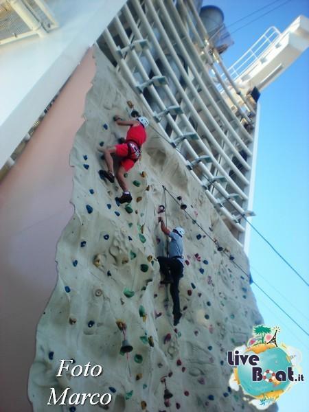 Arrampicata sul Rock climbing wall di Mariner ots-146foto-liveboat-mariner-ots-jpg