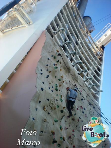 Arrampicata sul Rock climbing wall di Mariner ots-148foto-liveboat-mariner-ots-jpg