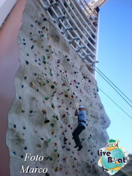 Arrampicata sul Rock climbing wall di Mariner ots-149foto-liveboat-mariner-ots-jpg