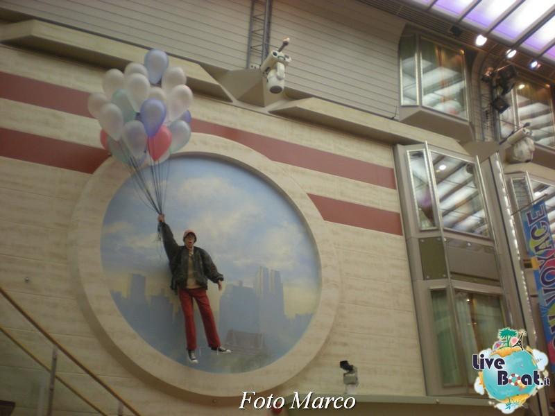 Parata di gala nella Royal Promenade di Mariner ots-197foto-liveboat-mariner-ots-jpg