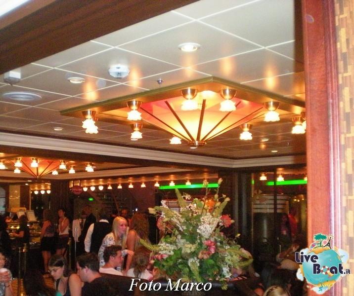 Parata di gala nella Royal Promenade di Mariner ots-205foto-liveboat-mariner-ots-jpg
