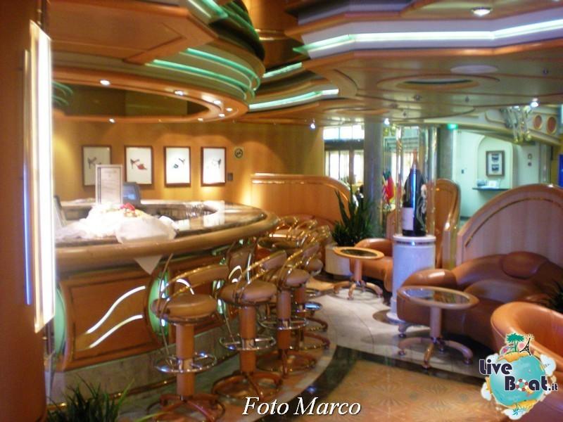 Parata di gala nella Royal Promenade di Mariner ots-219foto-liveboat-mariner-ots-jpg