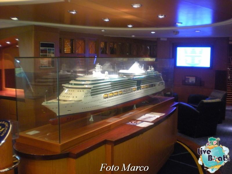 La biblioteca e l'internet point di Mariner ots-54foto-liveboat-mariner-ots-jpg