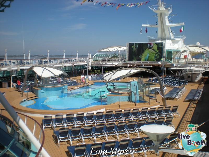 Zona piscina esterna di Splendour ots-2foto-liveboat-splendour-ots-jpg