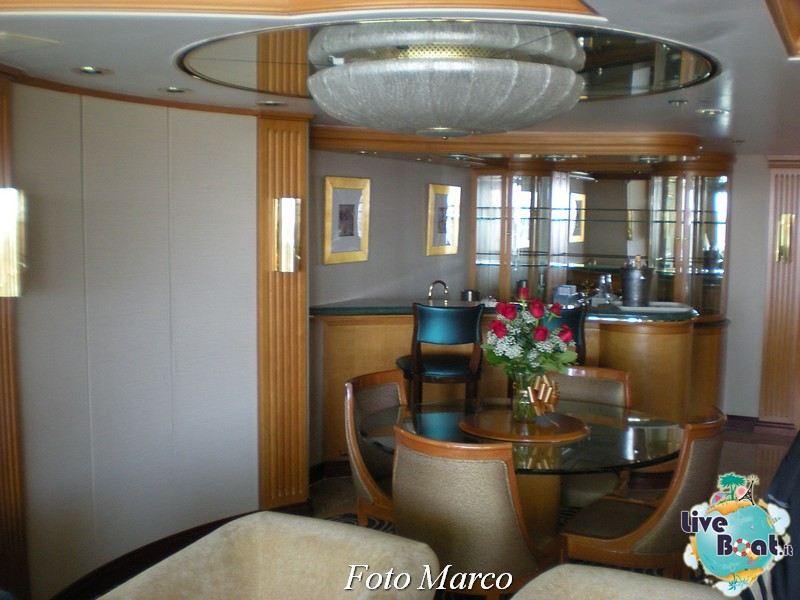 La Presidential Suite di Splendour-53foto-liveboat-splendour-ots-jpg