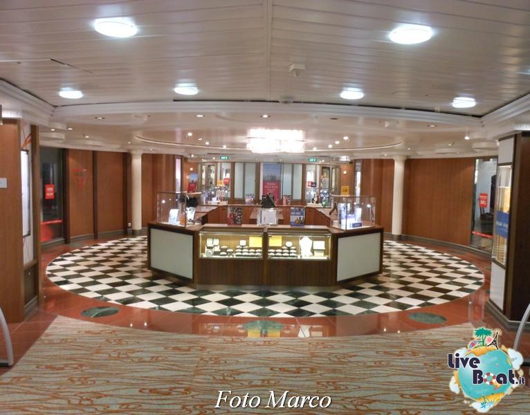 La zona shopping di Grandeur OTS-110foto-liveboat-grandeur-ots-jpg