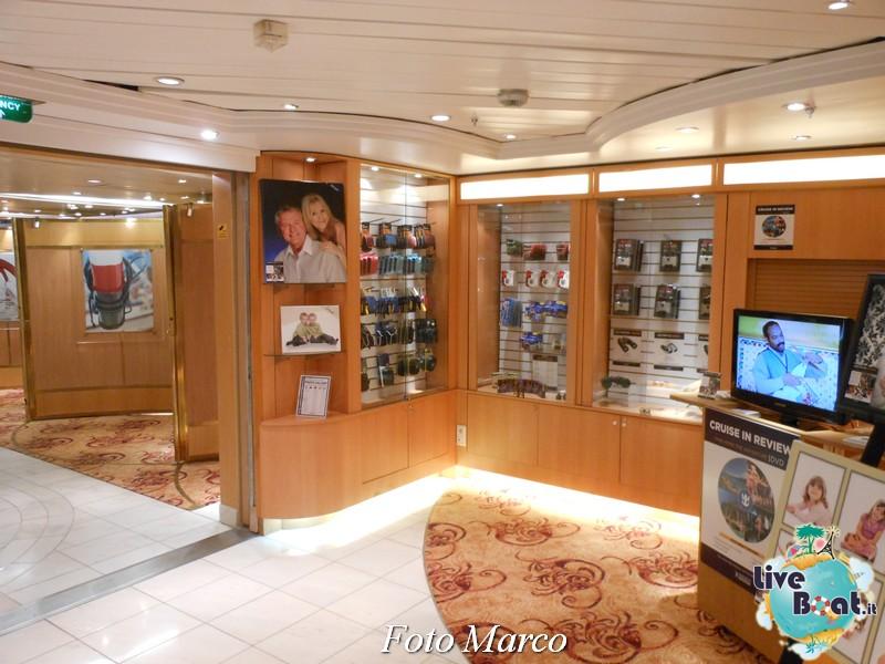La zona shopping di Grandeur OTS-111foto-liveboat-grandeur-ots-jpg