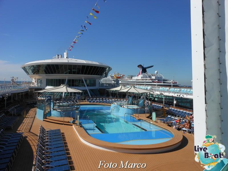 La zona piscina all'aperto di Grandeur OTS-14foto-liveboat-grandeur-ots-jpg