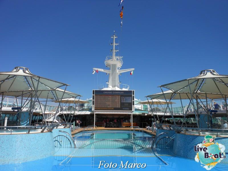 La zona piscina all'aperto di Grandeur OTS-185foto-liveboat-grandeur-ots-jpg