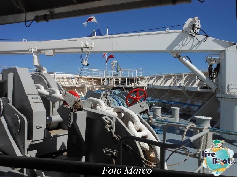 Girando sui ponti esterni di Grandeur OTS-70foto-liveboat-grandeur-ots-jpg