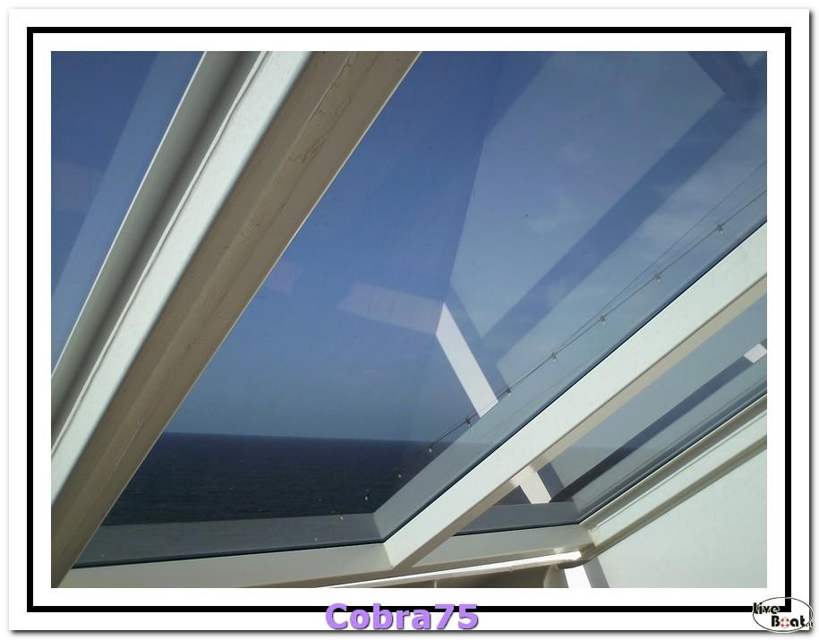 MSC Yacht Club-foto-navigazione-verso-funchal-010-jpg