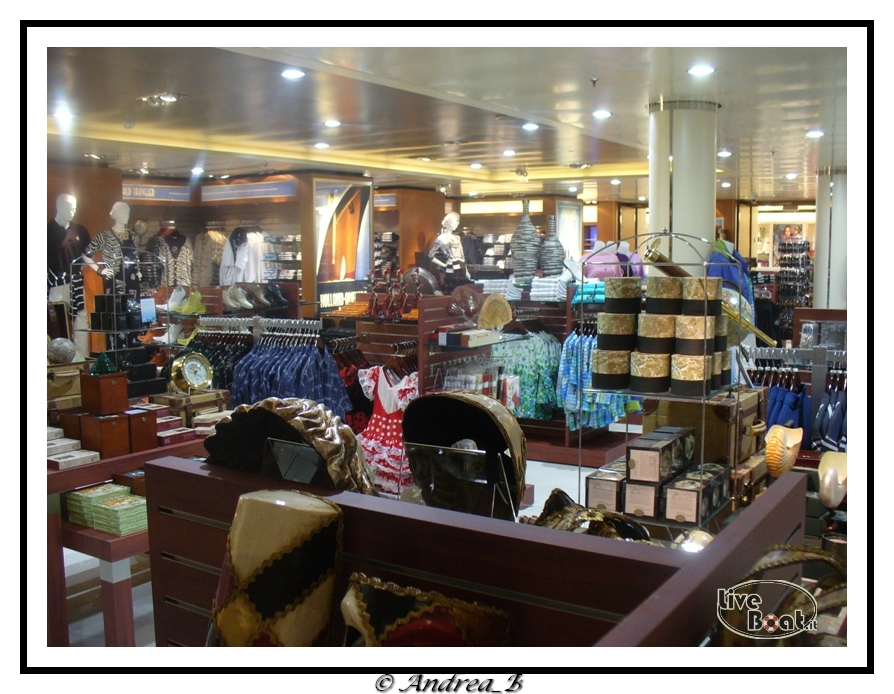 Negozi-shops_02-jpg