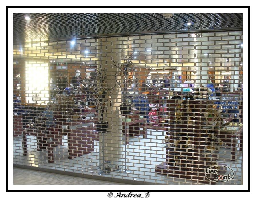 Negozi-shops_04-jpg
