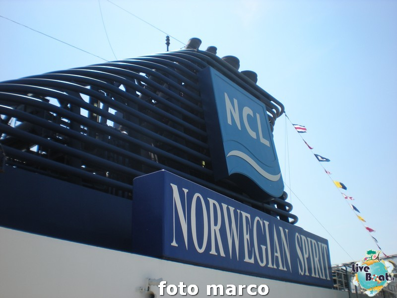 Piscina e ponti centrali Norwegian Spirit-13foto-liveboat-norwegian-spirit-jpg