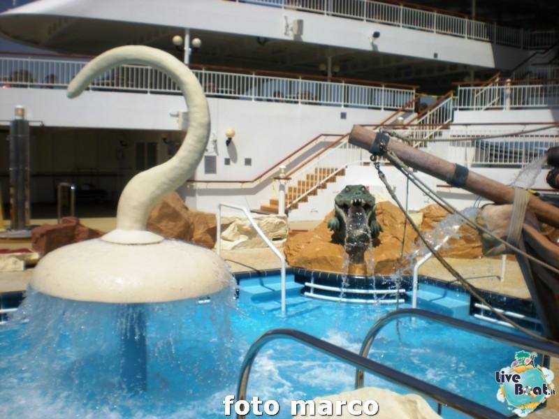 Piscina e zona poppiera Norwegian Spirit-18foto-liveboat-norwegian-spirit-jpg