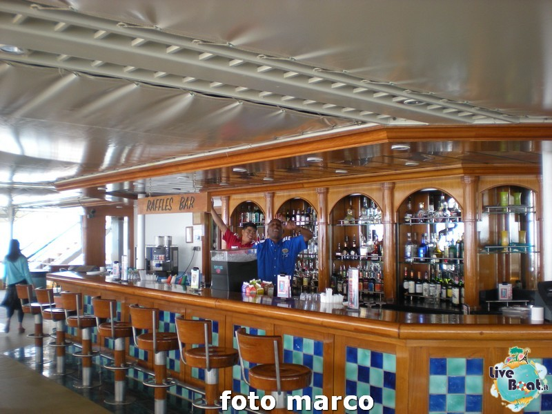 Piscina e zona poppiera Norwegian Spirit-19foto-liveboat-norwegian-spirit-jpg