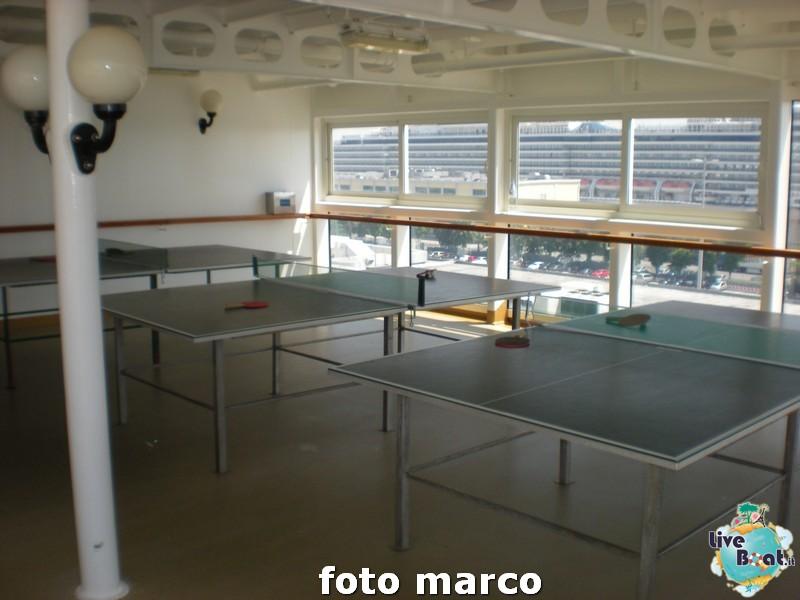 Piscina e zona poppiera Norwegian Spirit-24foto-liveboat-norwegian-spirit-jpg