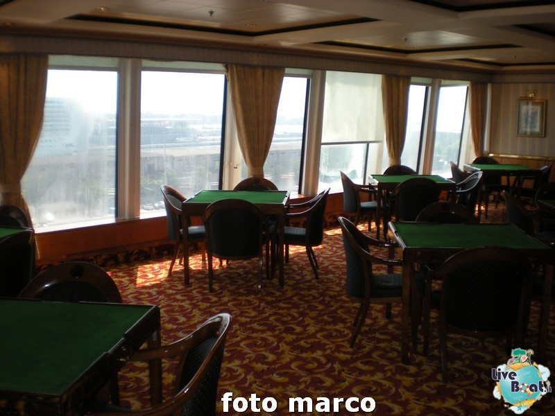 Biblioteca, sala giochi e internet point Norwegian Spirit-64foto-liveboat-norwegian-spirit-jpg