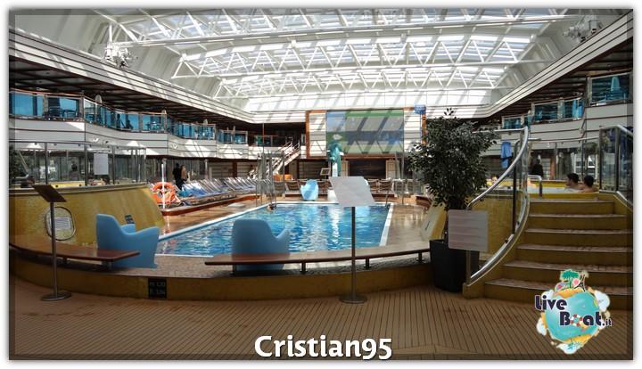 5/10/12 - Savona-costa-deliziosa-imbarco-savona-diretta-liveboat-1-jpg