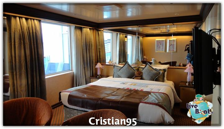 5/10/12 - Savona-costa-deliziosa-imbarco-savona-diretta-liveboat-2-jpg