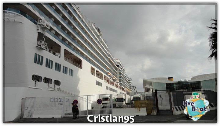 5/10/12 - Savona-costa-deliziosa-imbarco-savona-diretta-liveboat-4-jpg