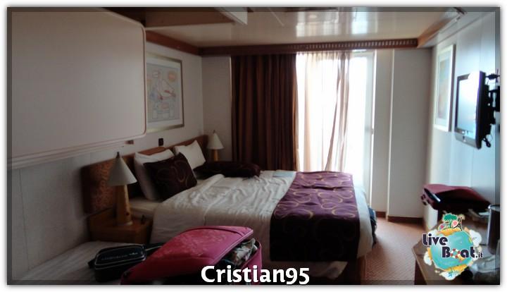 5/10/12 - Savona-costa-deliziosa-imbarco-savona-diretta-liveboat-14-jpg