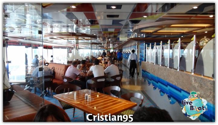 5/10/12 - Savona-costa-deliziosa-imbarco-savona-diretta-liveboat-16-jpg