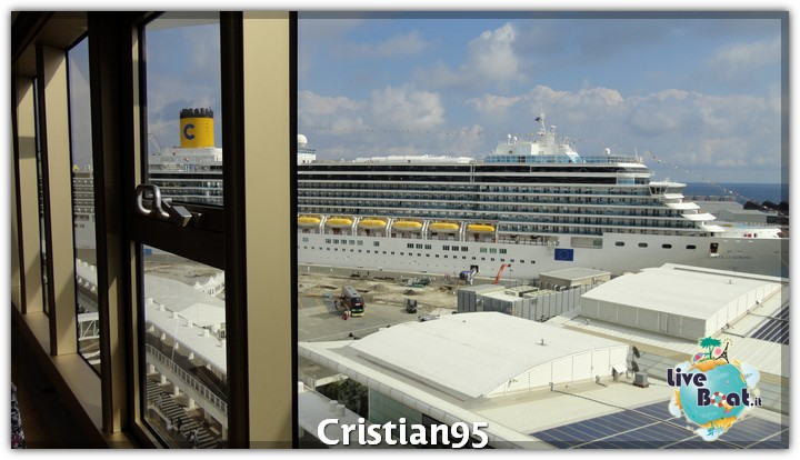 5/10/12 - Savona-costa-deliziosa-imbarco-savona-diretta-liveboat-19-jpg