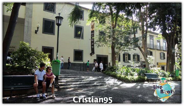 11/10/12 - Funchal, Madera-costa-deliziosa-diretta-nave-liveboat-forum-crociere-21-jpg