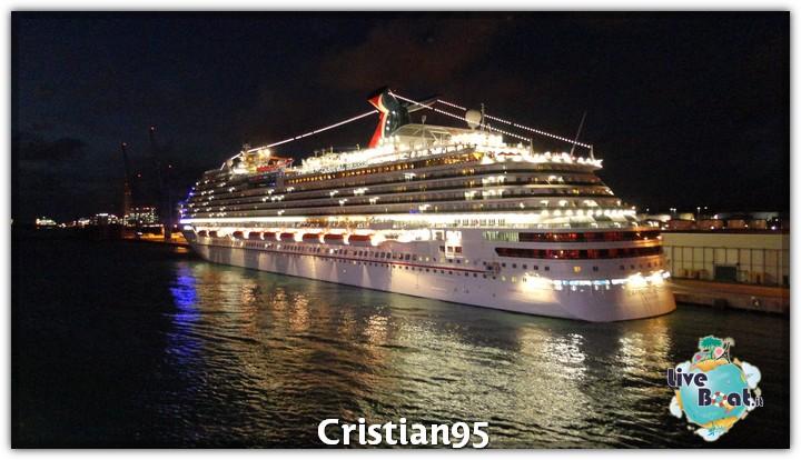 4/10/12 - Civitavecchia (imbarco)-serata-bordo-costa-deliziosa-diretta-liveboat-3-jpg