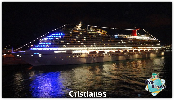 4/10/12 - Civitavecchia (imbarco)-serata-bordo-costa-deliziosa-diretta-liveboat-5-jpg