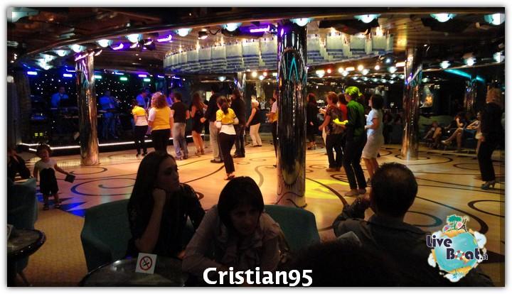 4/10/12 - Civitavecchia (imbarco)-serata-bordo-costa-deliziosa-diretta-liveboat-8-jpg