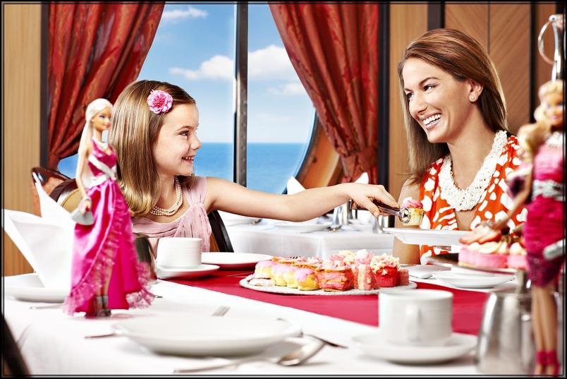 Pre partenza RO* Liberty of the seas-1346975743_barbie-reception-caucasian-042-v5-jpg