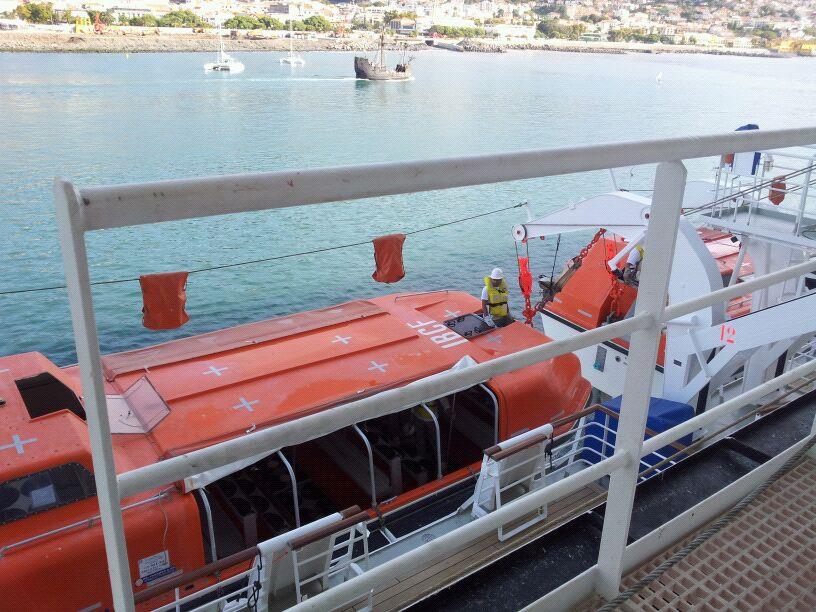 20/10/12 - Funchal-funchal-madeira-diretta-nave-forum-liveboat-7-jpg