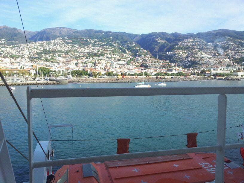 20/10/12 - Funchal-funchal-madeira-diretta-nave-forum-liveboat-8-jpg