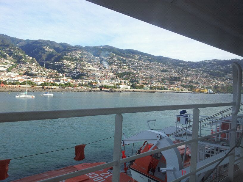 20/10/12 - Funchal-funchal-madeira-diretta-nave-forum-liveboat-9-jpg