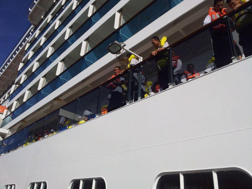 20/10/12 - Funchal-funchal-madeira-diretta-nave-forum-liveboat-11-jpg
