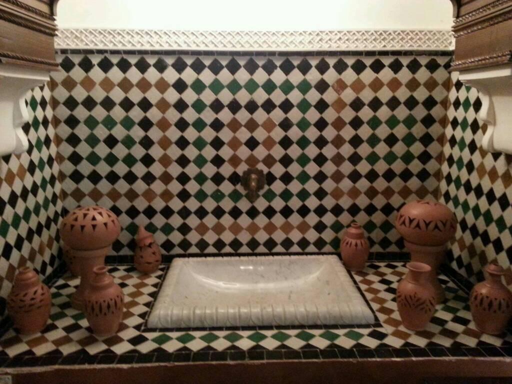 17/10/12 - Casablanca-casablanca-moroco-moll-diretta-nave-122-jpg