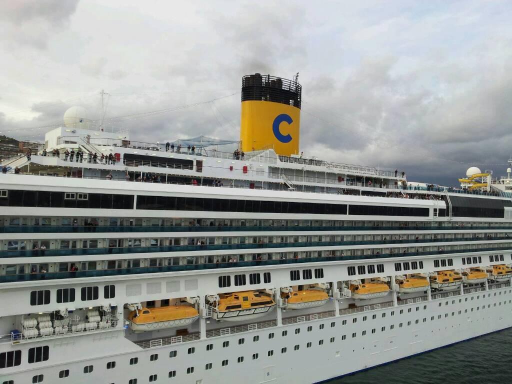 14/10/12 - Savona (imbarco)-diretta-costa-mediterranea-liveboat-crociere-26-jpg