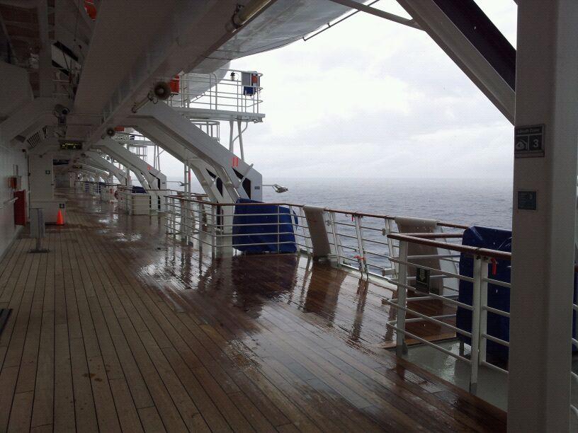 18/10/12 - Navigazione-navigazione-verso-tenerife-diretta-liveboat-crociere-10-jpg