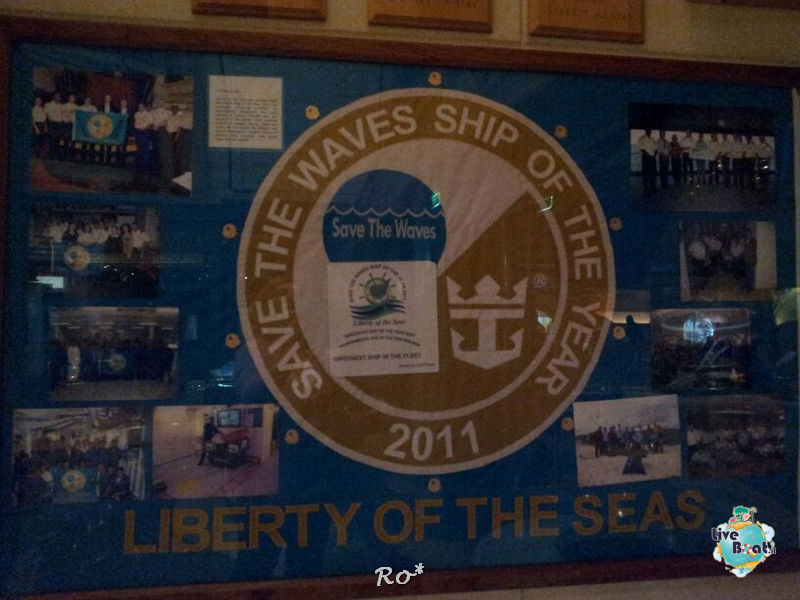 2013/10/07 Tolone Partenza Ro su Liberty OTS-062-liberty-of-the-seas-crociere-foto-liveboat-nave-jpg