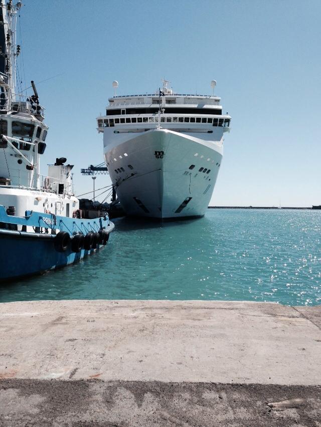 2013/10/08  - Limassol - Domy - MSC Lirica-1376346_527175520700714_1300657228_n-jpg