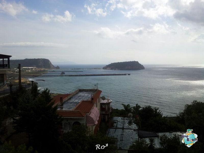 2013/10/11 Napoli RO* Liberty OTS-003-liberty-of-the-seas-crociere-foto-liveboat-nave-jpg