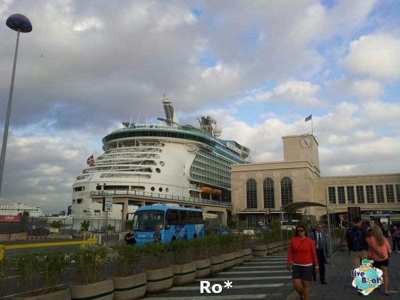 2013/10/11 Napoli RO* Liberty OTS-liberty-of-the-seas-napoli-diretta-liveboat-crociere4-jpg