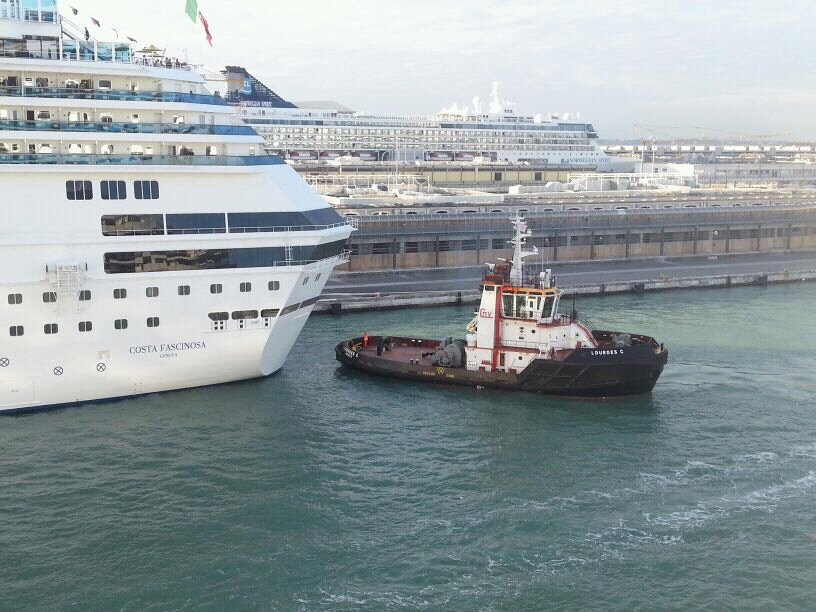 2013/10/13 - Venezia (imbarco)-uploadfromtaptalk1381677599845-jpg