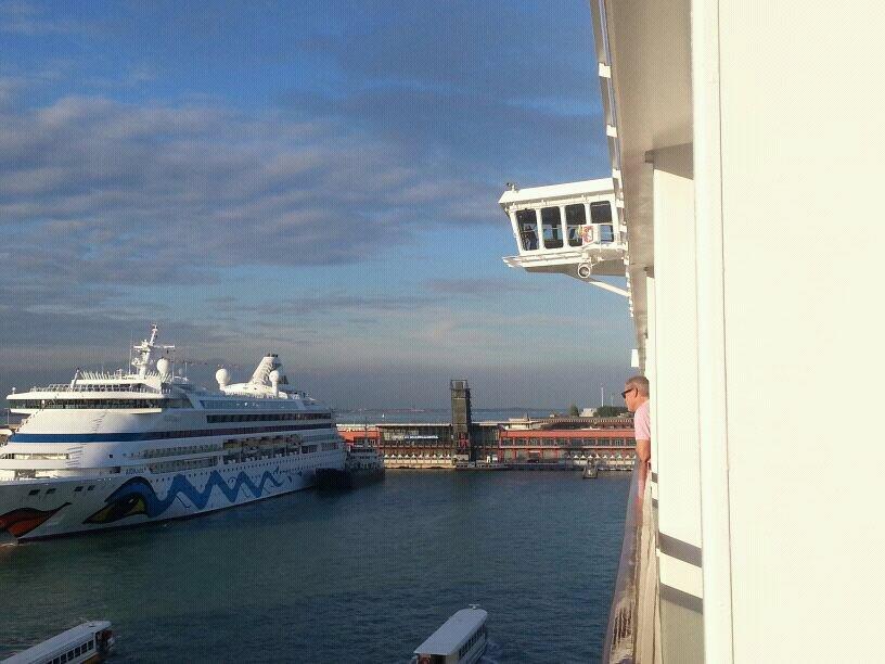 2013/10/13 - Venezia (imbarco)-uploadfromtaptalk1381677624517-jpg