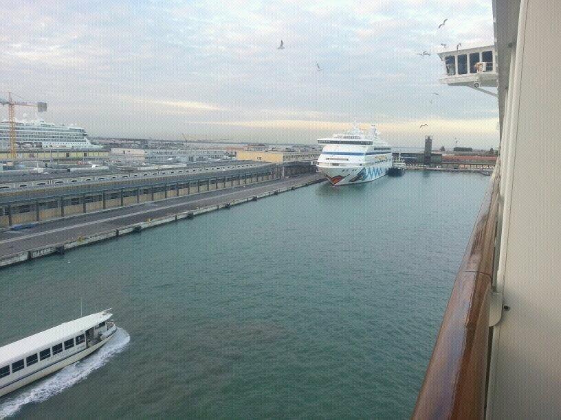 2013/10/13 - Venezia (imbarco)-uploadfromtaptalk1381680204228-jpg