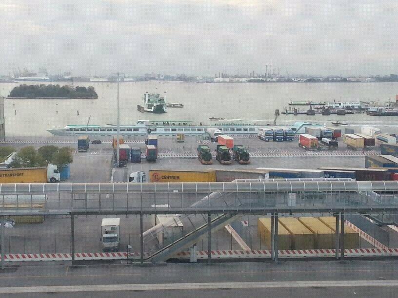 2013/10/13 - Venezia (imbarco)-uploadfromtaptalk1381680215868-jpg