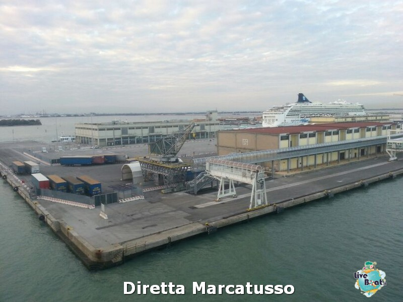 2013/10/13 - Venezia (imbarco)-msc-fantasia-venezia-diretta-liveboat-crociere-2-jpg